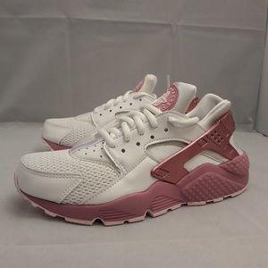 Nike Air Huarache Run SE Womens AQ7889-100